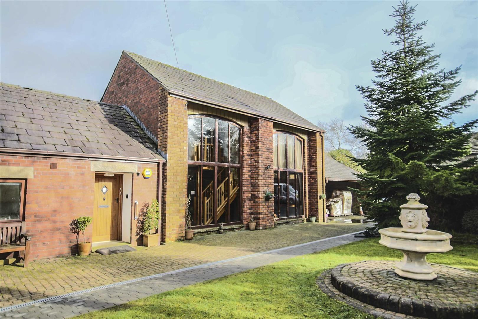3 Bedroom Barn Conversion For Sale - Image 2